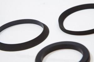 Bevel cut hydraulic seals